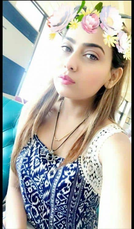 Book a Pakistani Escorts at the Airport
